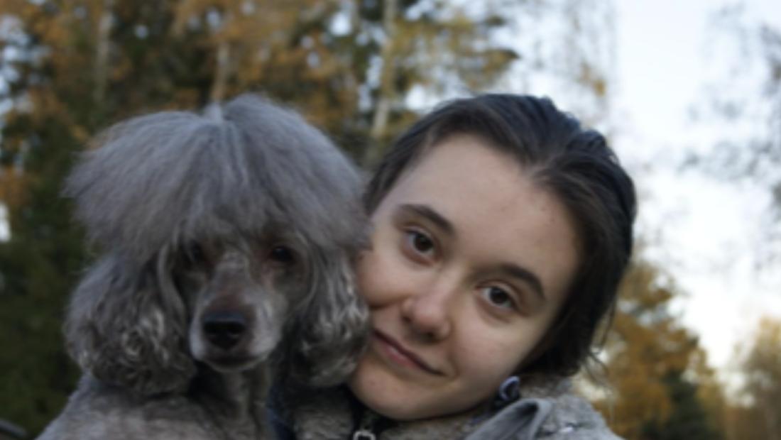 Viktoria, elev på Praktiska Gymnasiet Täby