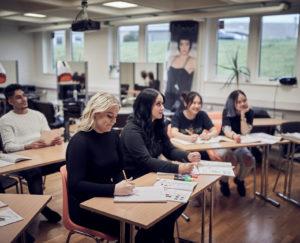 Skola med brett utbud av program och inriktningar